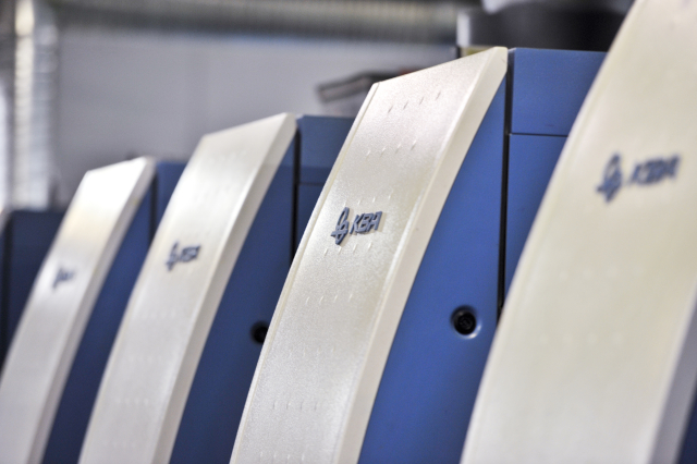 Presse KBA Offset HR-UV 8 couleurs, Escourbiac l'imprimeur