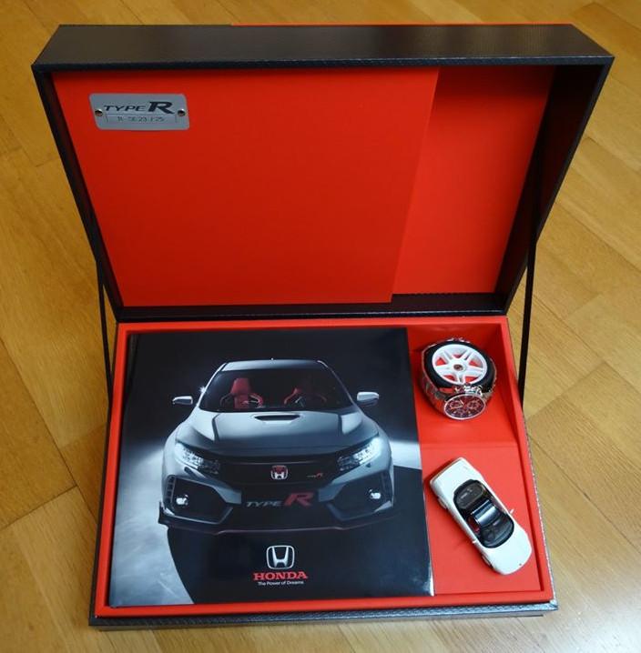 Voyage en Zone rouge - Honda Type R, Lionel Lucas, Coffret Collector
