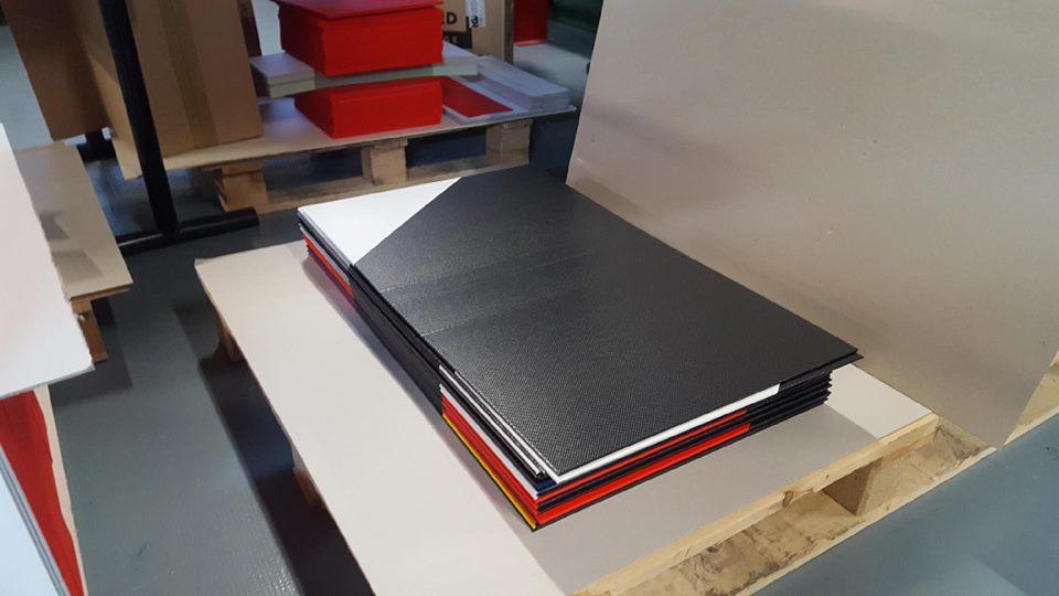 Fabrication du coffret Voyage en zone rouge, Special Edition